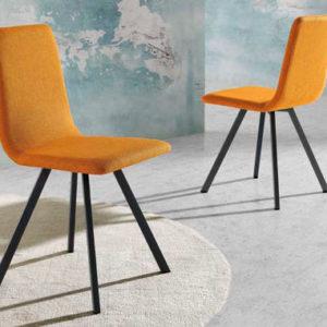 Silla industrial con patas metálicas y tapizado naranja Muebles Trimobel Getafe